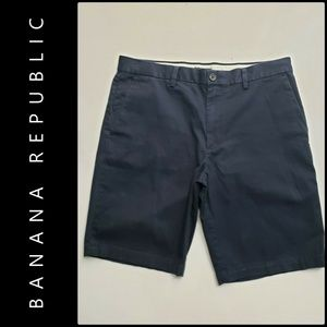 Banana Republic Men Flat Front Chino Emerson Short